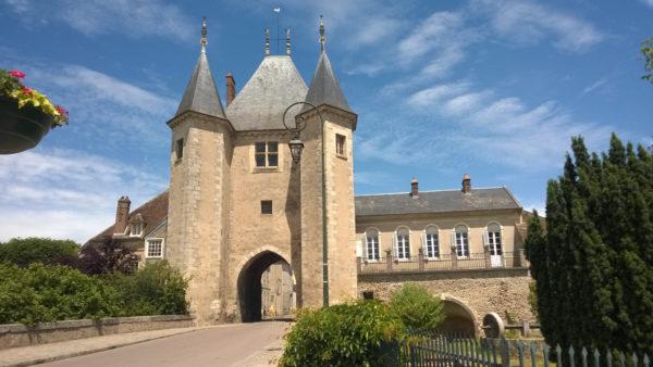 Tor von Joigny in Villeneuve-sur-Yonne